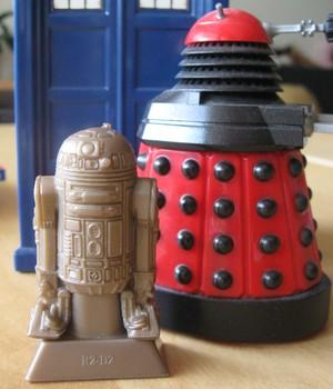 R2D2 & Dalek
